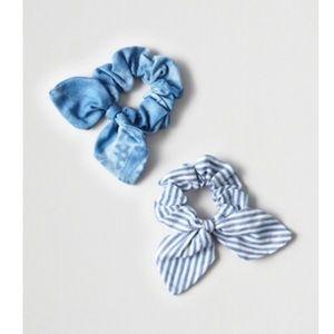 $2/15 American Eagle Bow Scrunchies